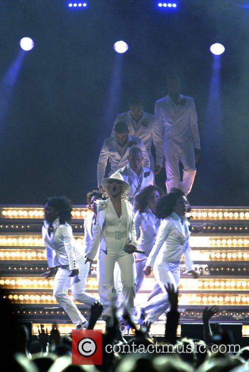 Christina Aguilera 72