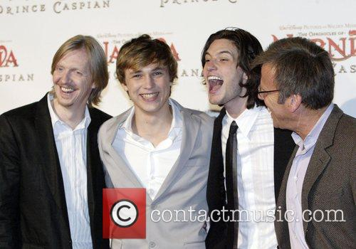 Andrew Adamson, William Moseley, Ben Barnes and Mark Johnson 7