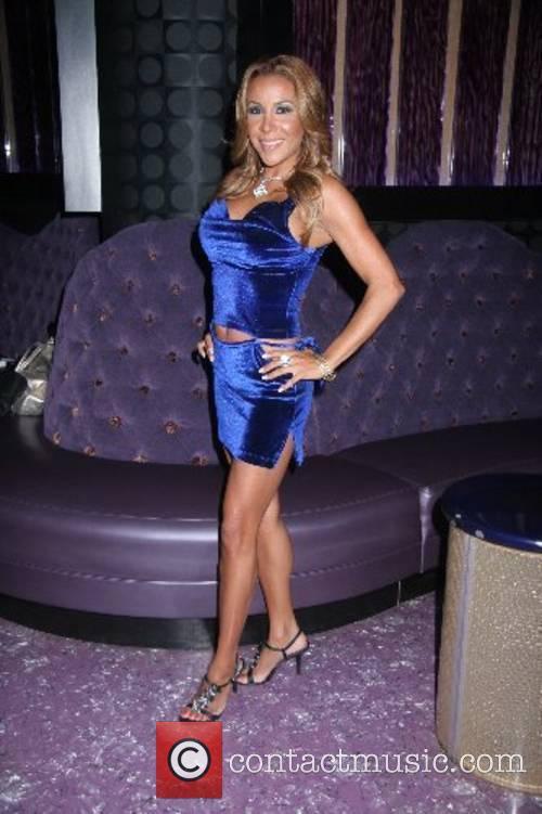 Vanessa Barlowe 3