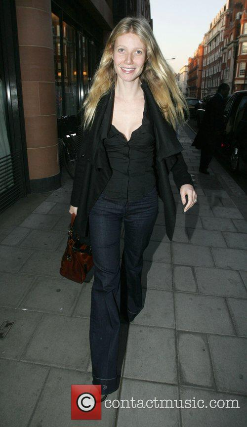 Gwyneth Paltrow leaving Cipriani's in Mayfair after having...
