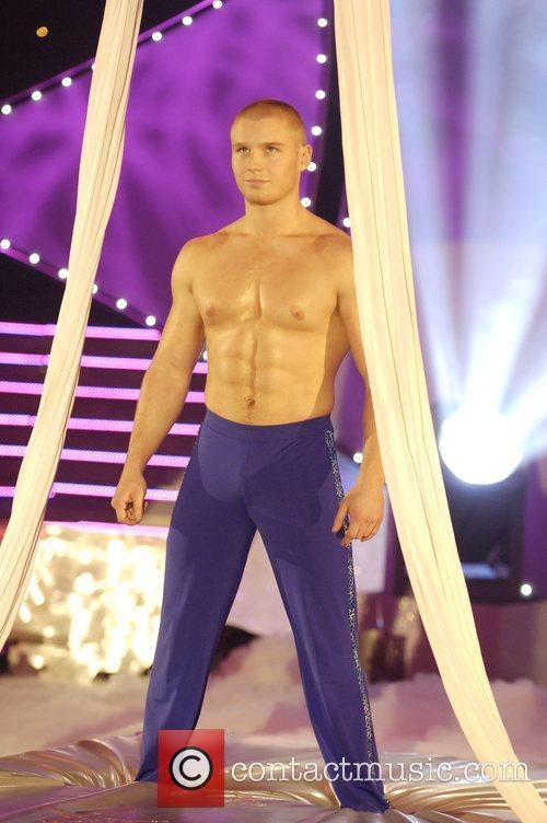 Naked Luke Bailey in Cirque De Celebrite - Naked Black