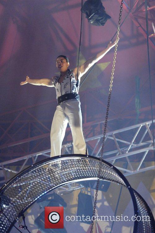 Finalist Luke Bailey Cirque de Celebrite Final on...
