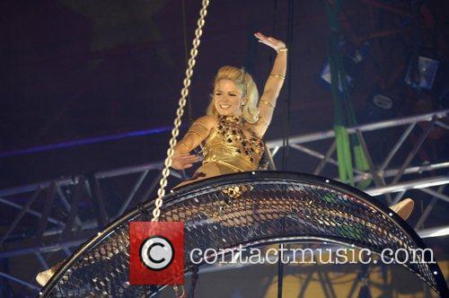 Finalist Stacey Cadman Cirque de Celebrite Final on...