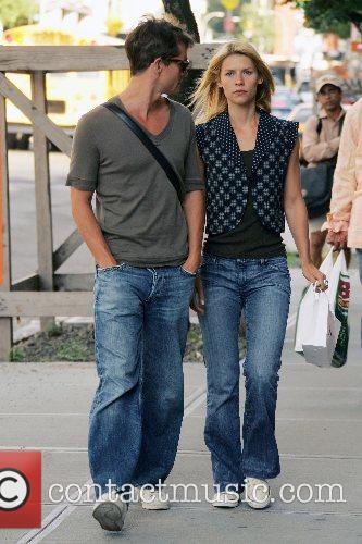 Claire Danes and boyfriend Hugh Dancy on their...