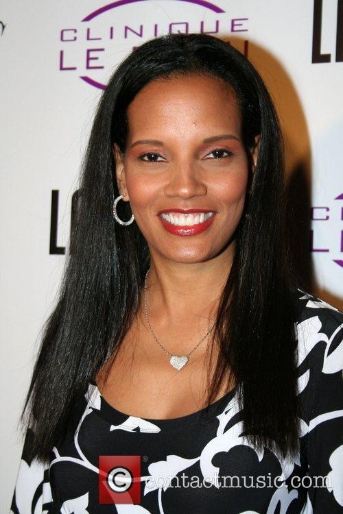 Shari Headley Grand opening of Clinique Le Beau...