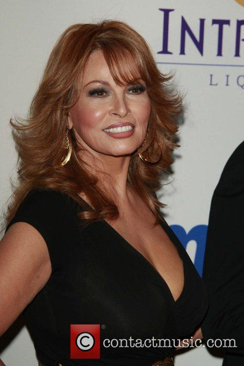 Raquel Welch, The 50th Grammy Awards, Beverly Hilton Hotel