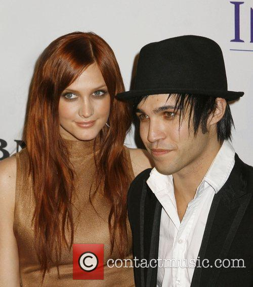 Ashlee Simpson and Pete Wentz 3