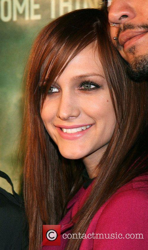 Ashlee Simpson and Paramount Pictures 1