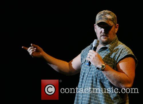 Larry The Cable Guy 5