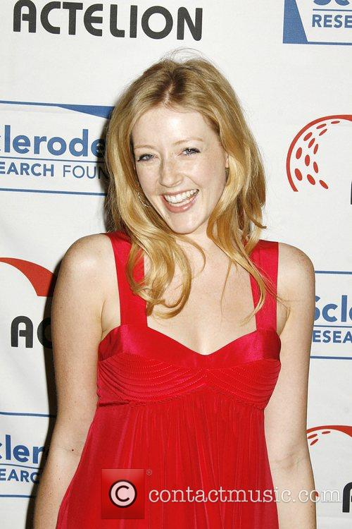 Jennifer Finnigan Scleroderma Research Foundation's 2008 Cool Comedy...