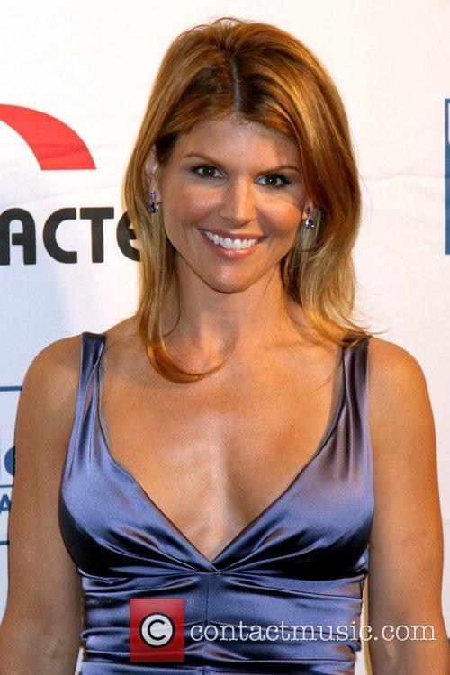 Lori Loughlin 8