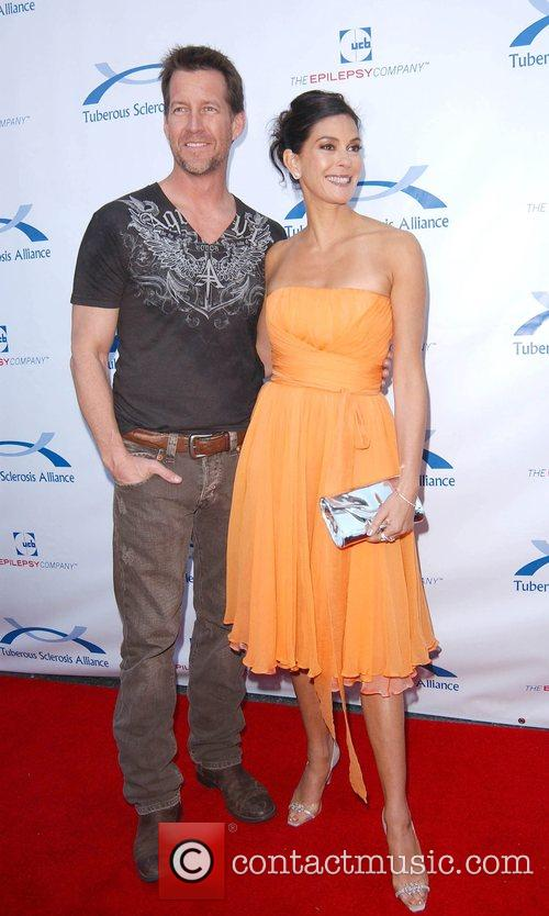 James Denton and Teri Hatcher 3