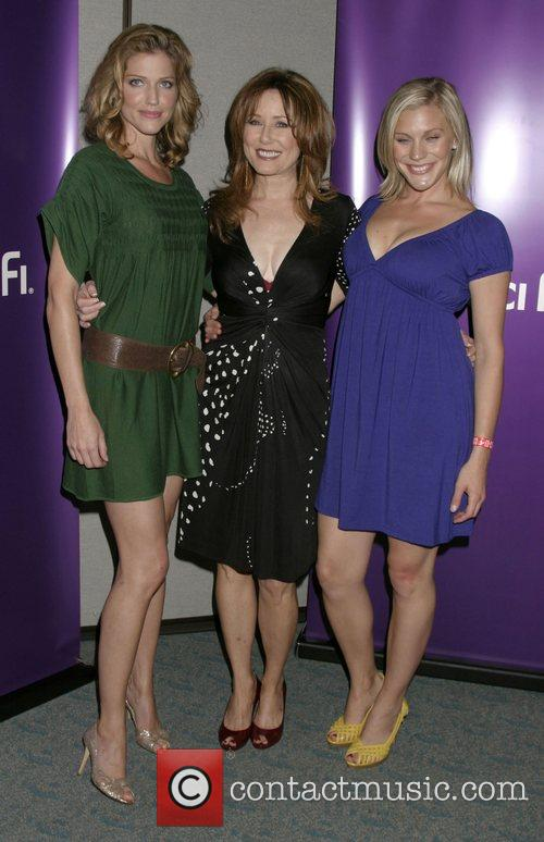 Tricia Helfer, Mary McDonnell and Katee Sackhoff ComicCon...