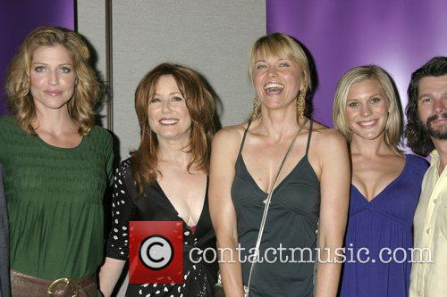 Tricia Helfer, Mary McDonnell, Lucy Lawless and Katee...