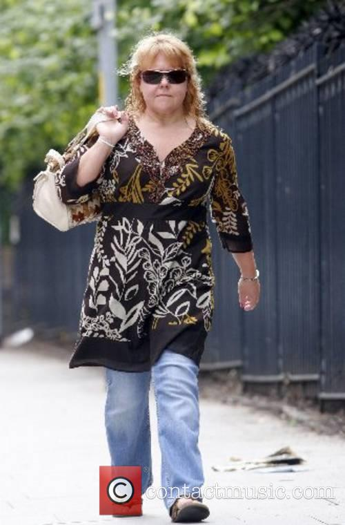 Who stars as Cilla Battersby from Coronation Street...