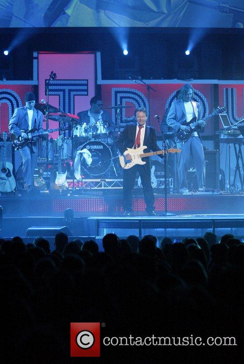 David Paton of Pilot performing at the Countdown...