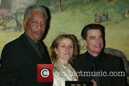 Morgan Freeman, Frances Mcdormand and Peter Gallagher 5
