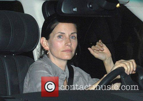 Arrives at Madeo restaurant wearing no make-up