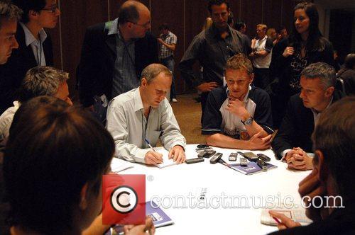 Ole Gunnar Solskjaer Creating Chances - launchNovotel. Players...