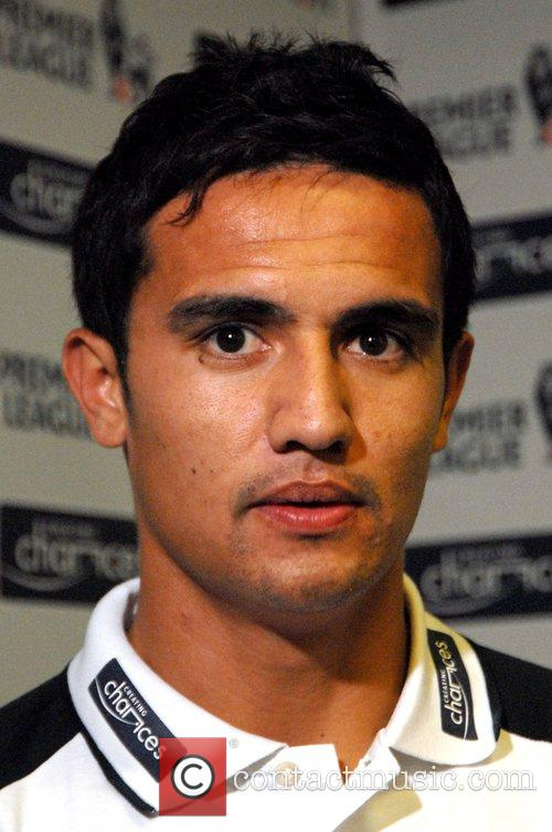 Tim Cahill Creating Chances - launchNovotel. Players from...