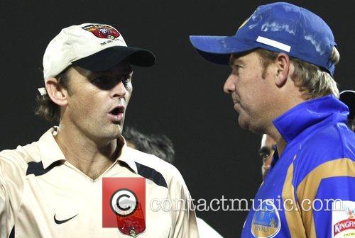 Shane Warne captain of Rajasthan Royals(R) and Adam...