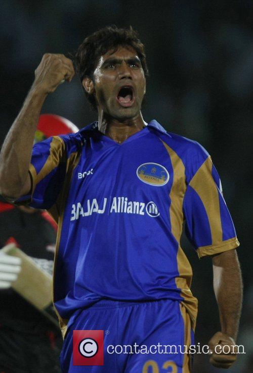Munaf Patel  Rajasthan Royals celebrates taking the...