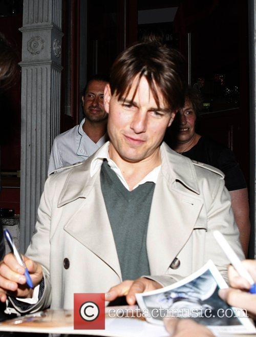 Tom Cruise leaving the Salumeria fior di pane...