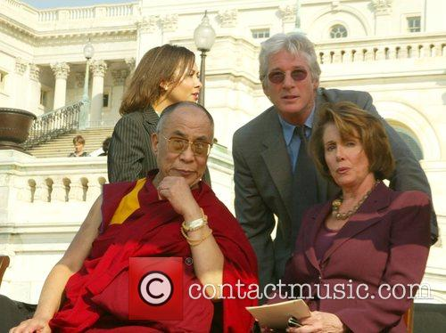 Dalai Lama and Richard Gere 5