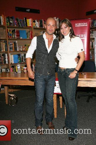 'Dancing With the Stars' book signing at Borders...