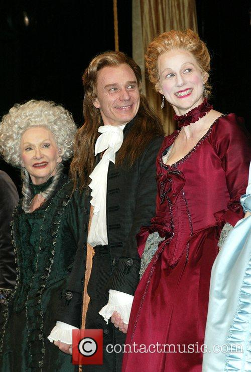 Sian Phillips, Ben Daniels and Laura Linney 2