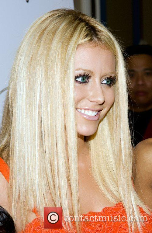 Shannon Bex Danity Kane celebrates the Number One...