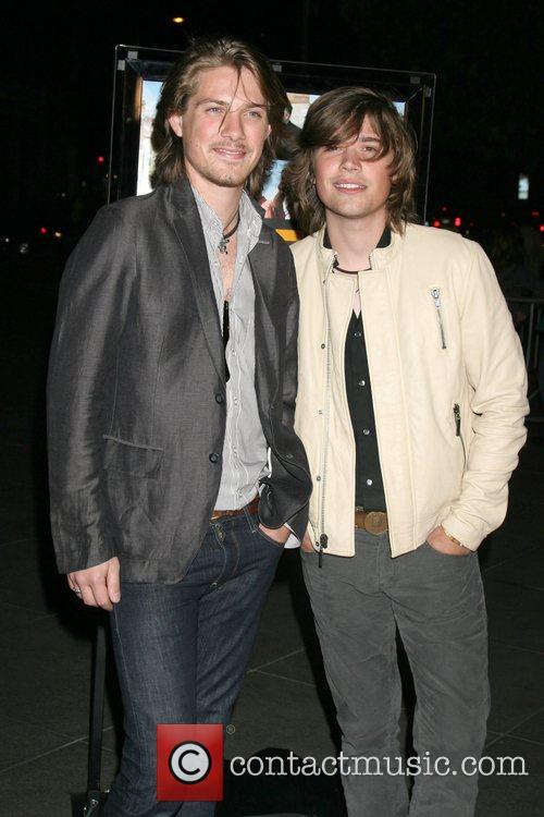 Taylor Hanson and Hanson 6