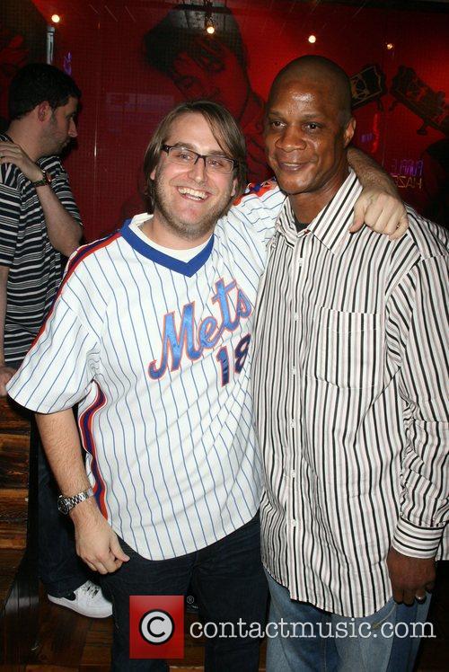 Daryl Strawberry and David Kushner hosts the Yankees...