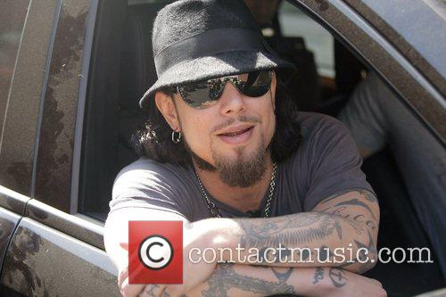 Dave Navarro leaving after doing an interview at...