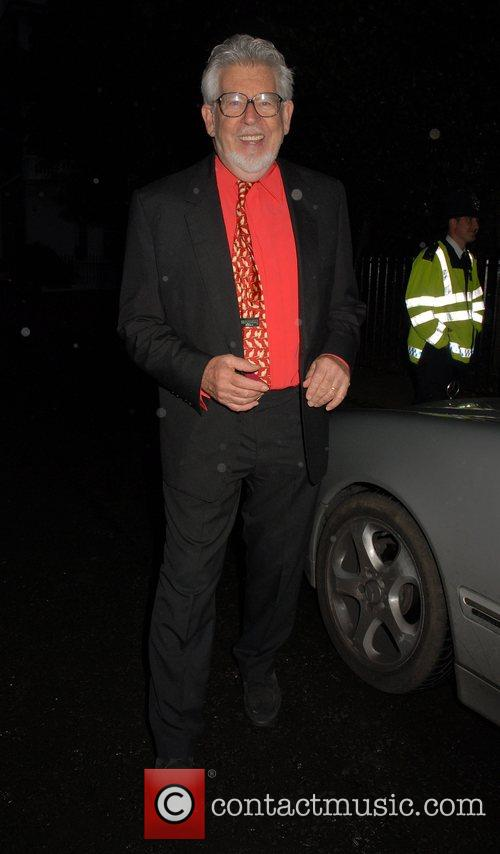 Rolf Harris,  arrives at Sir David Frosts...