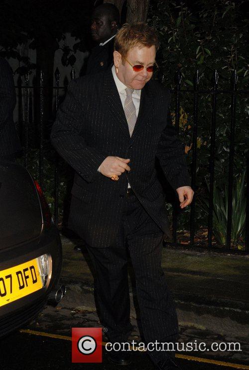 Elton John, Sir David Frosts Summer Party