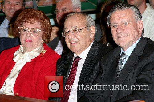 Bernice Arnold, Sy Simms and Dr. Valentin Fuster...