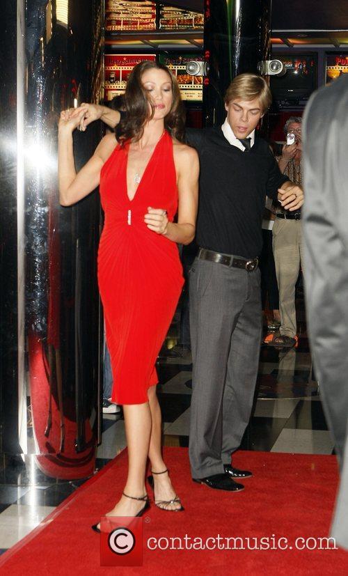 Shannon Elizabeth and Derek Hough 10