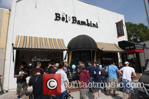 dean mcdermott leaving bel bambini store on robertson blvd 5128336