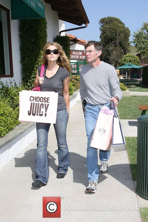 Denise Richards 8