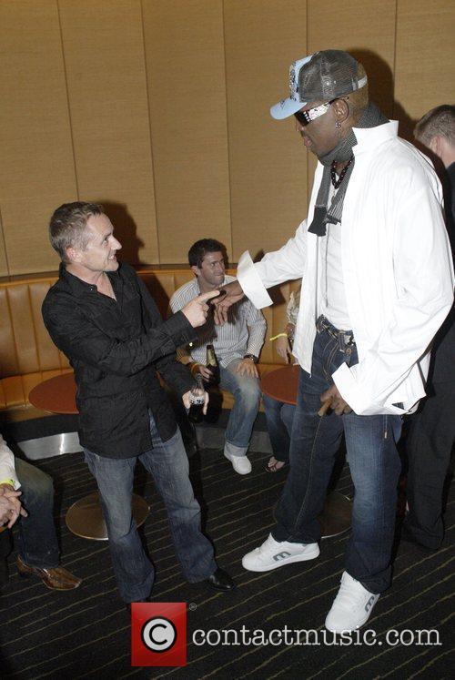 Dennis Rodman and jockey Shane Dye 2
