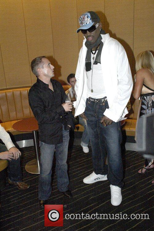 Dennis Rodman and Jockey Shane Dye 11