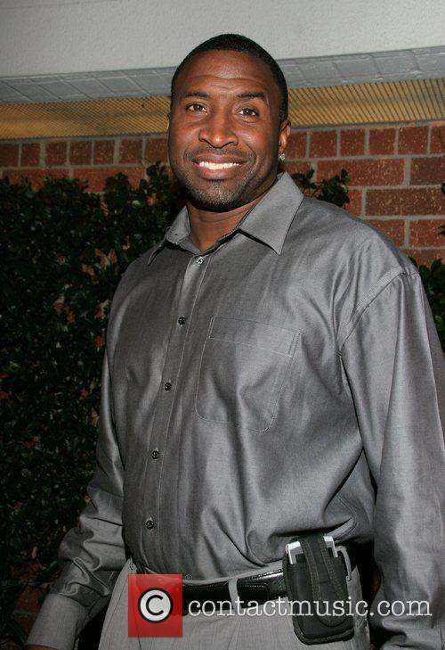 Duane Washington Derek Fisher celebrates his return to...