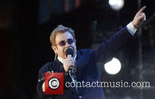 Elton John 9