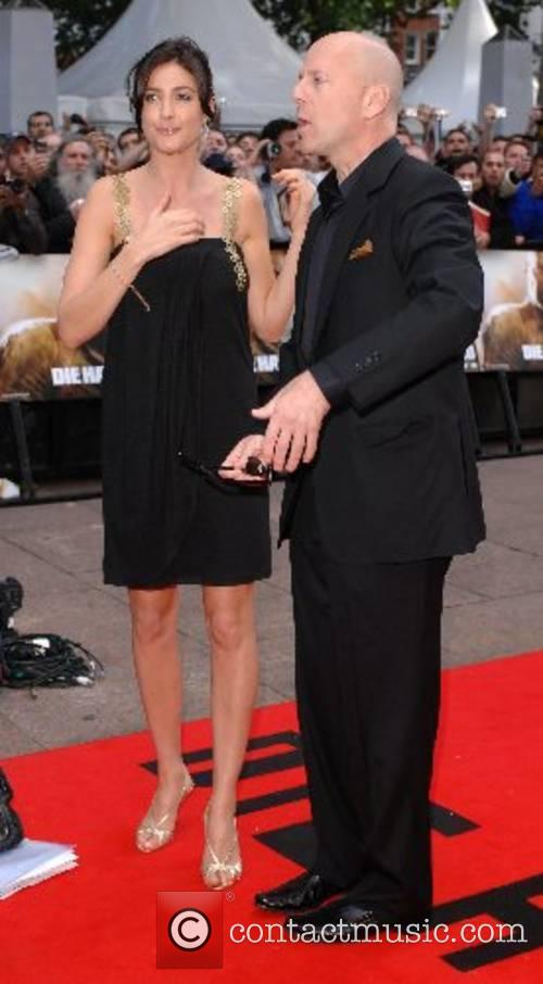 Bruce Willis and Lisa Snowdon 'Die Hard 4.0'...