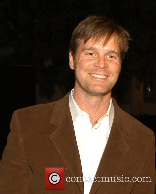 Peter Krause 3