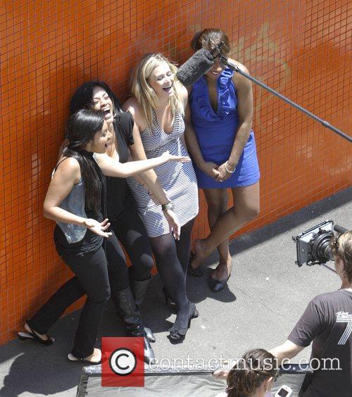 The Young Divas - Jessica Mauboy, Emily Williams,...