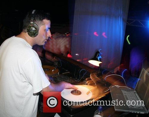 DJ Yoda 18