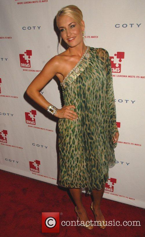 Sarah Connor,  DKMS 2nd Annual Linked Against...