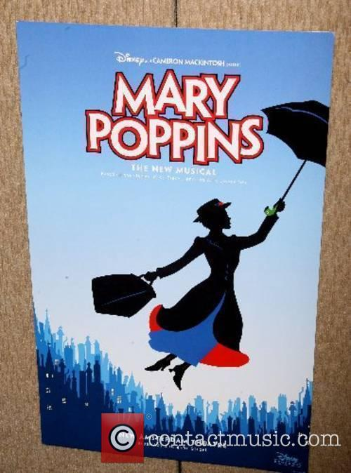 Mary Poppins Poster 1